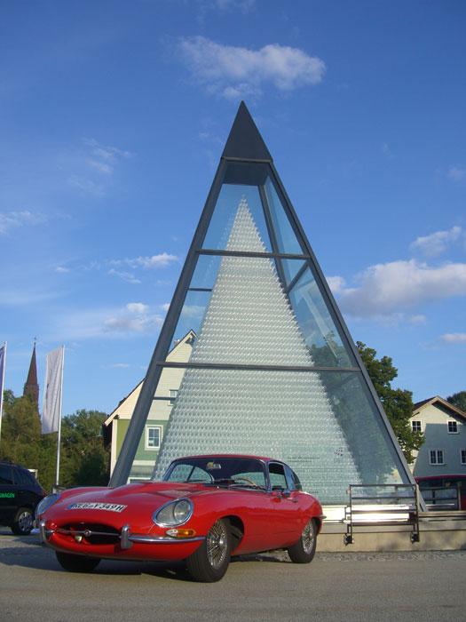 vor-glaspyramide.jpg