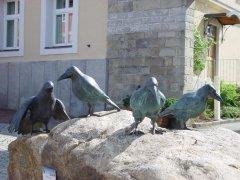 skulpturenweg_rabenschwarm.jpg
